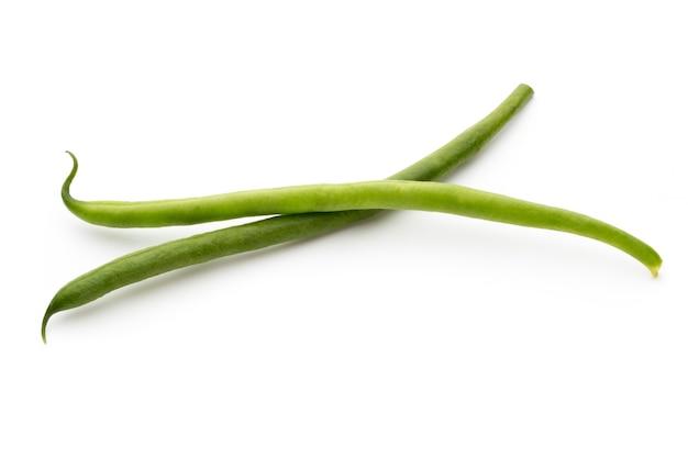 分離された緑の豆。