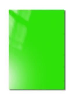 흰색 표면에 고립 된 녹색 책자 표지