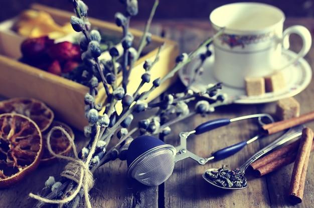 Зеленый заваривать чай деревянный роза зеленый