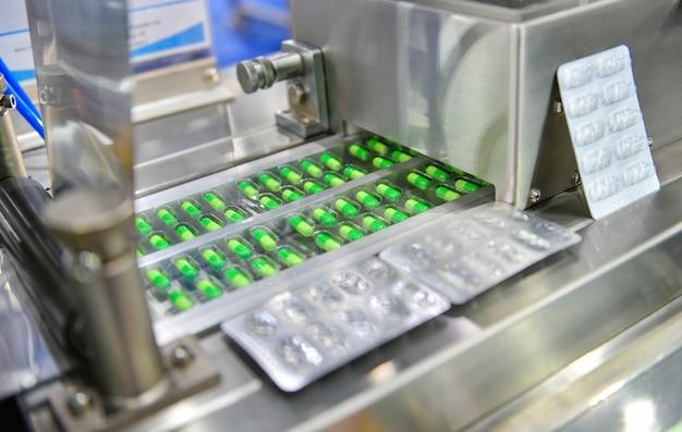 Линия по производству таблеток с зеленой капсулой industrial
