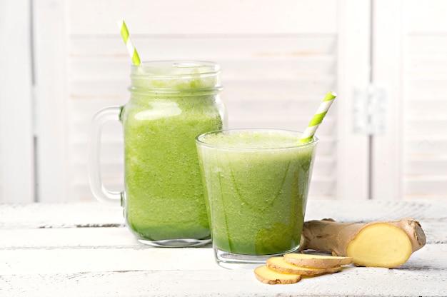 Зеленый детокс смузи. рецепты смузи для быстрого похудения