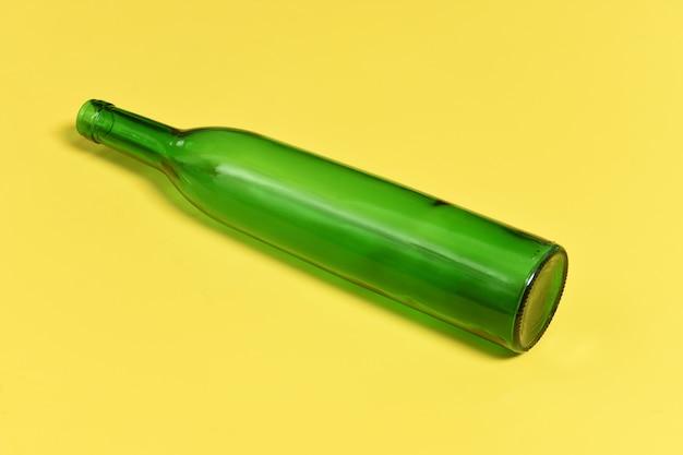 緑のガラス瓶