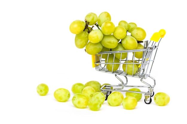 ショッピングカートの緑のブドウ