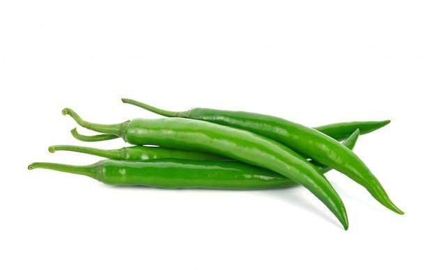 分離された緑の唐辛子