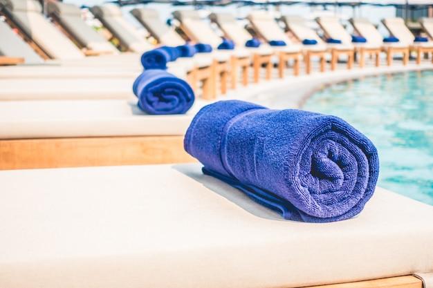 Green luxury nature sea towels