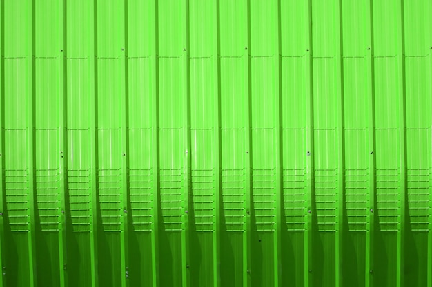 Green metal sheet pattern and vertical line design