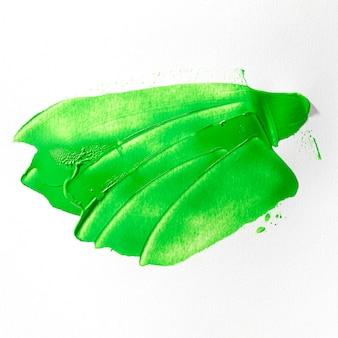 Эффект мазка зеленой краской