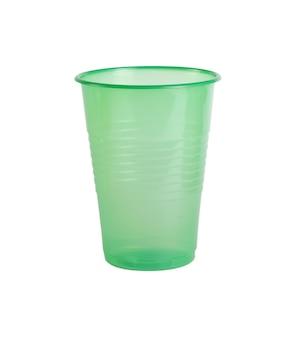 分離された緑のプラスチックカップ