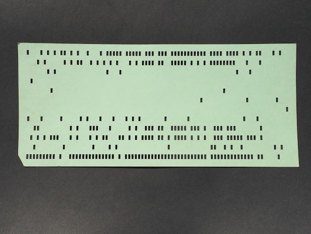 프로그래밍용 녹색 천공 카드