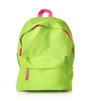 Зеленая школьная сумка, изолированная на белом