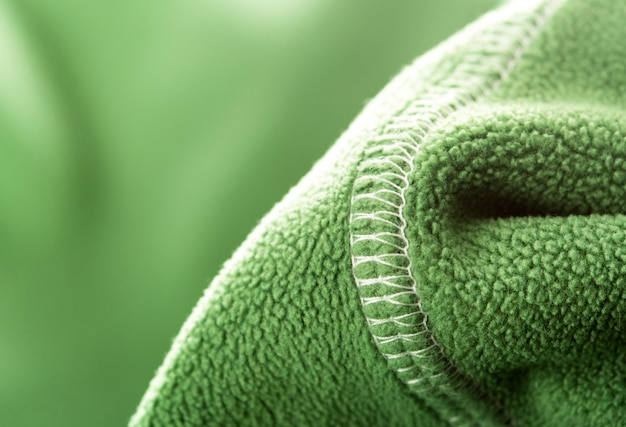 Зеленый мягкий синтетический флис