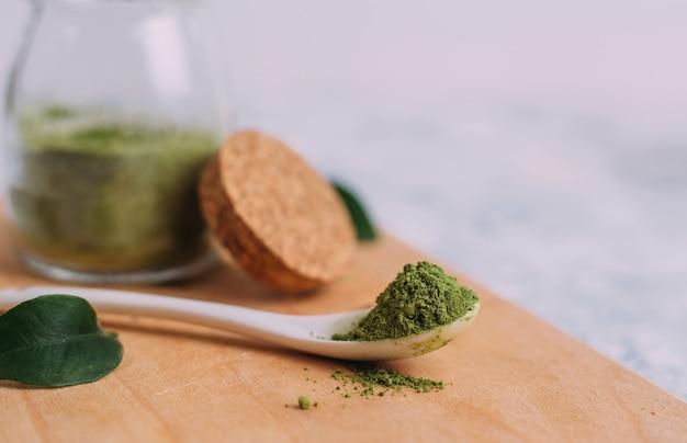 緑茶抹茶。
