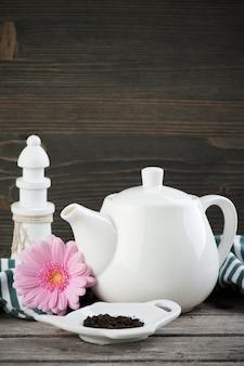 Green tea, white teapot