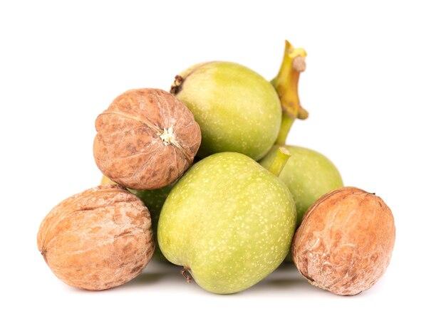 Зеленый орех