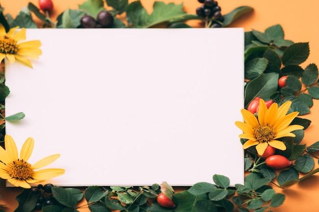 Открытка. поздравление. цветочный праздничный декор.