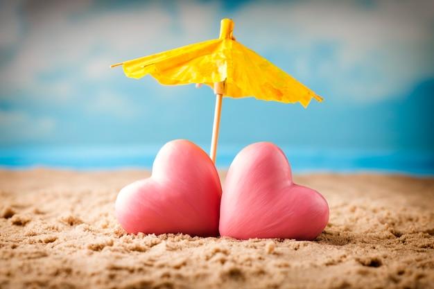 結婚したばかりのグリーティングカード。海、心の構成。