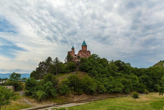 카케티의 역사적인 그루지야 지역에 있는 그레미 왕의 요새