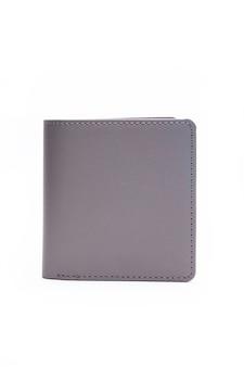 白い背景の上の灰色の財布。カードウォレット