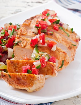 Grilled chicken breast with fresh tomato salsa