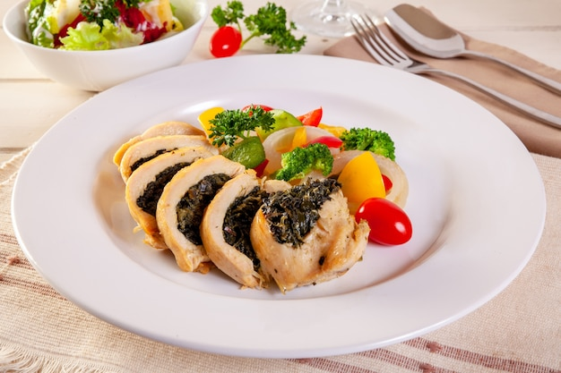 Grilled chicken breasts stuffed with spinach