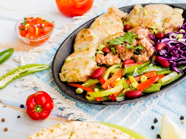 Grilled chicken with julienned vegetables