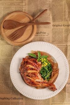 Курица гриль с шанхайской лапшой