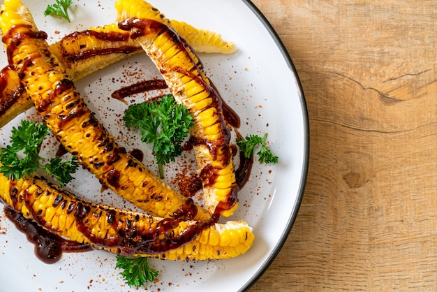 Grilled corn with bbq sauce