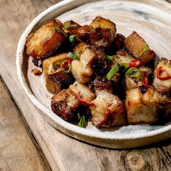 豚バラ肉の唐辛子焼き。