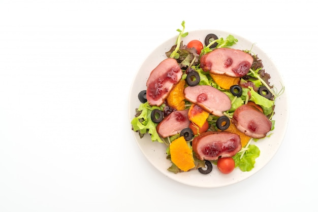 Grilled duck breast with vegetable salad