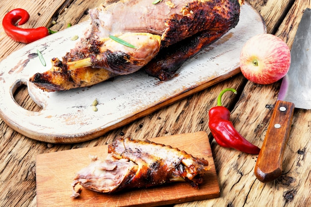Grilled duck with apples