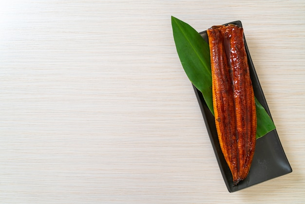 うなぎのグリルまたはうなぎのタレ焼き(蒲焼)。 。日本食。