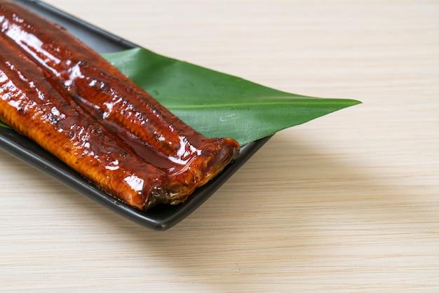 うなぎのグリルまたはうなぎのタレ焼き(蒲焼)。 -。日本食