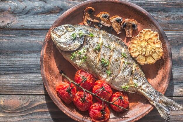 タイムとチェリートマトのグリル魚