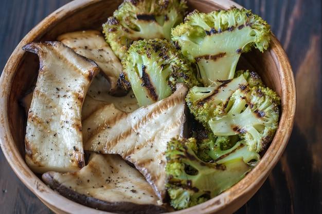 キングオイスターマッシュルームのブロッコリー焼き