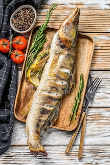 Судак на гриле, рыба судак