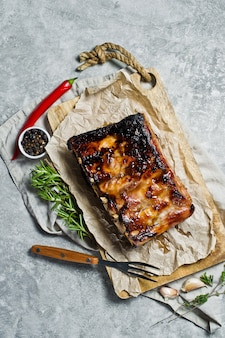 Grilled pork ribs.