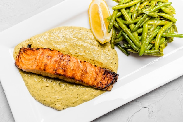 Grilled salmon and fresh green beans