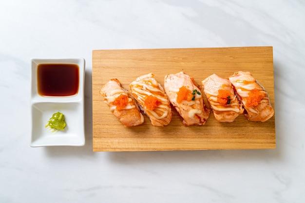 サーモン寿司のグリル