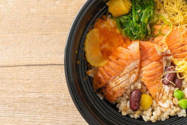 Grilled salmon with brown rice donburi - japanese food style