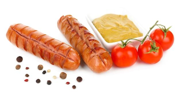 토마토와 겨자 흰색 절연 구운 된 소시지