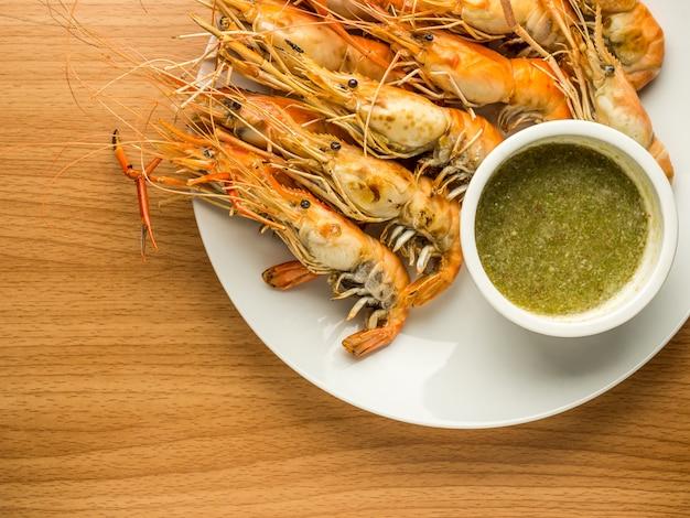 Grilled shrimps (giant malaysian prawn)