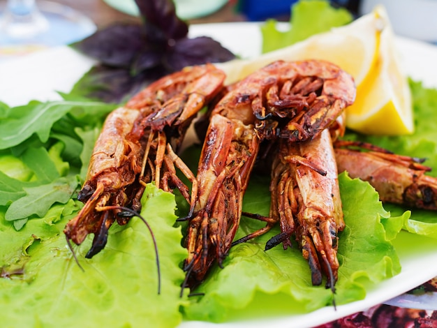 Grilled tiger shrimps in ginger-garlic marinade