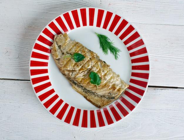 고등어 구이 발릭 에크멕 요리