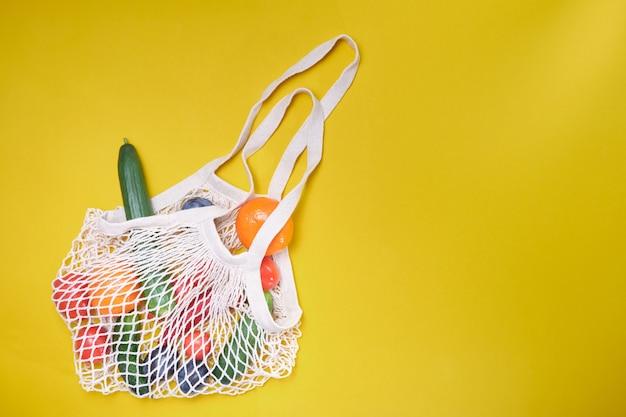 Продукты в эко-сумках