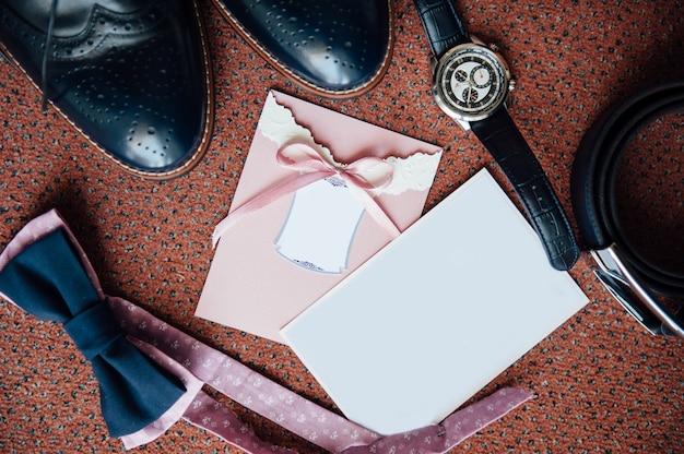 Groom accessories on the floor