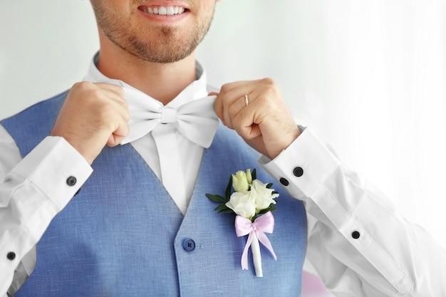 結婚式の日の新郎