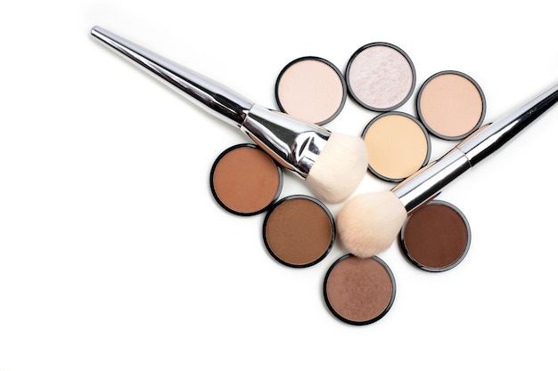 Group of contour and highlight refills with a brushes
