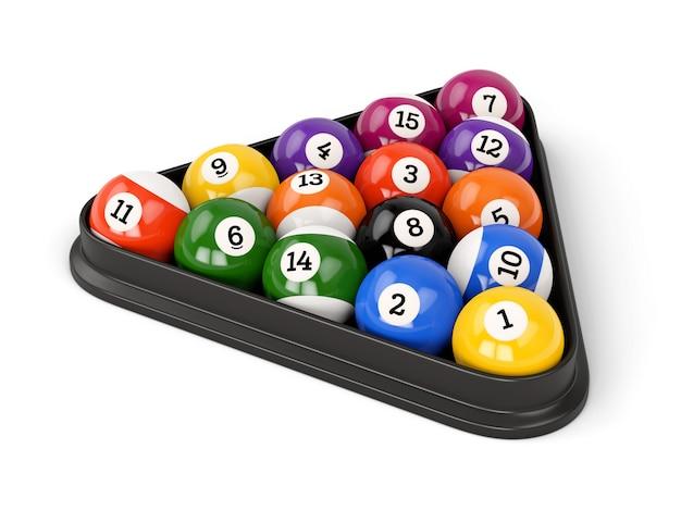 Группа красочных глянцевых игровых шаров с цифрами и пластиковым треугольником