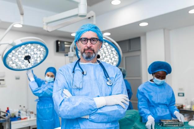 의료 종사자 그룹, 의사, 외과 의사 및 간호사 팀