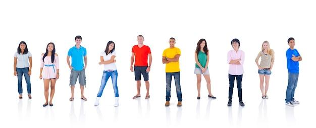 서있는 사람들의 그룹